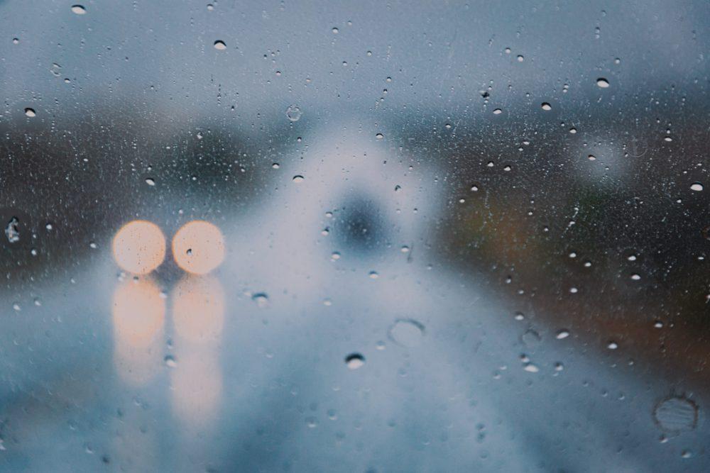 foggy-window-car